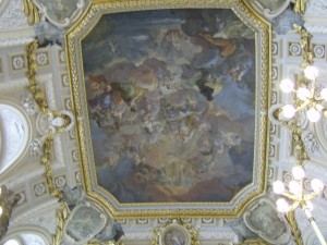 madrid palace ceiling